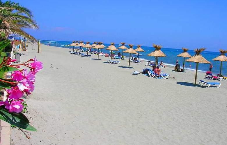 San Pellegrino - Beach - 7