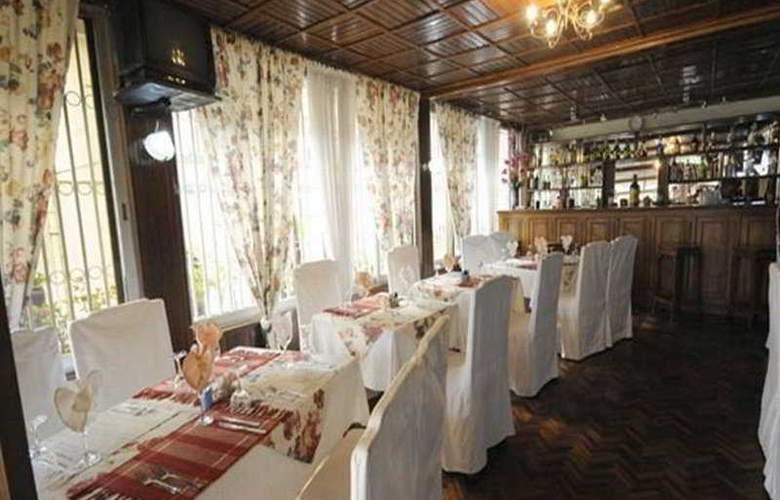 Ivotel - Restaurant - 12