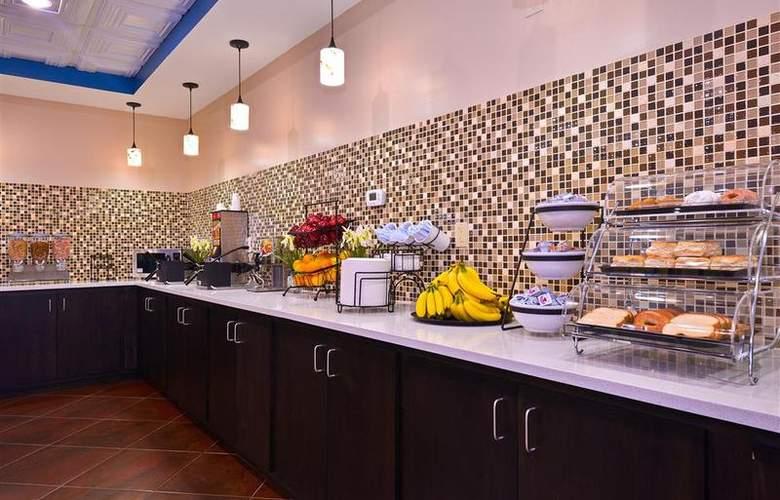 Best Western Bradbury Suites - Restaurant - 114