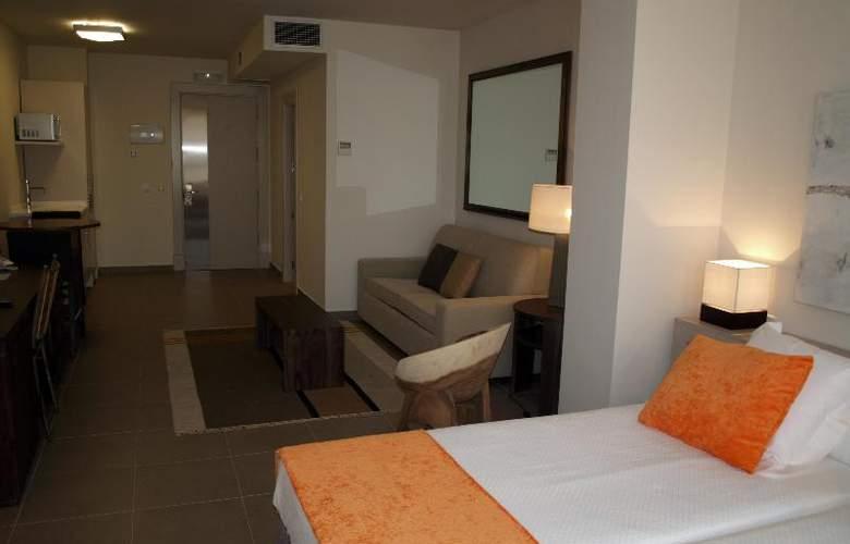Eco Alcala Suites - Room - 7