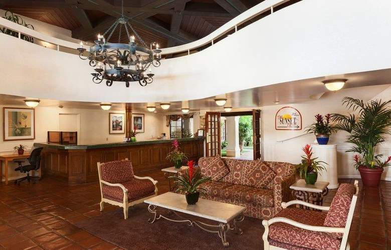 Best Western Plus Carpinteria Inn - General - 42