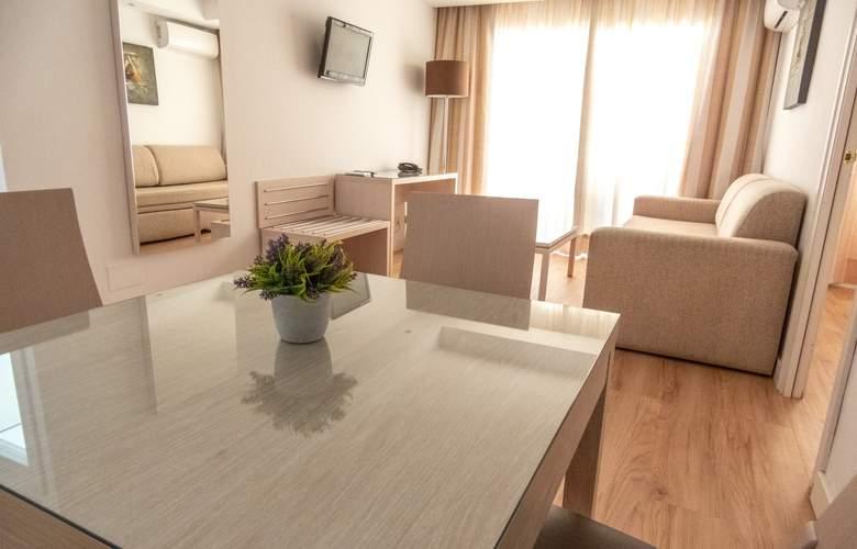 Puerto Azul - Room - 2