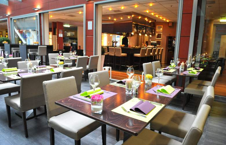 Ramada Encore by Wyndham Geneva - Restaurant - 5
