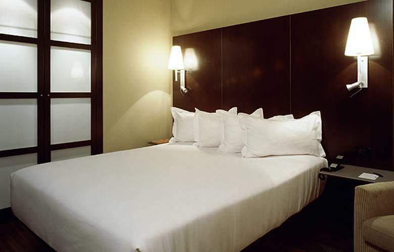 AC Zamora - Room - 2