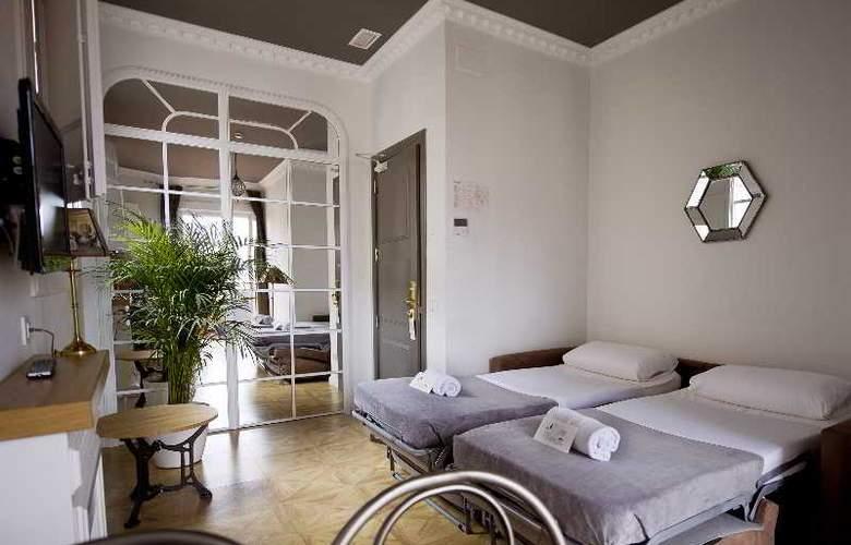 Barcelona Suites - Room - 30