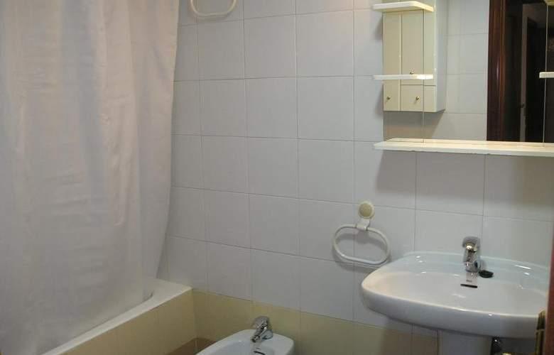 Zaragoza Centro 3000 - Room - 2