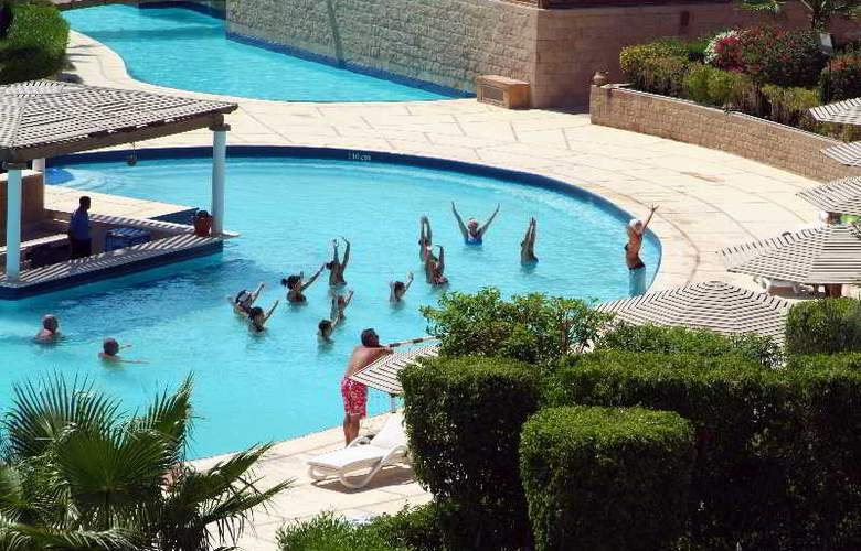 Fort Arabesque - Pool - 3