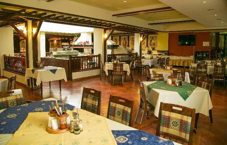Spa Hotel Devin - Restaurant - 21