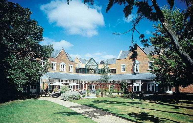 Coulsdon Manor & Golf Club - Hotel - 0