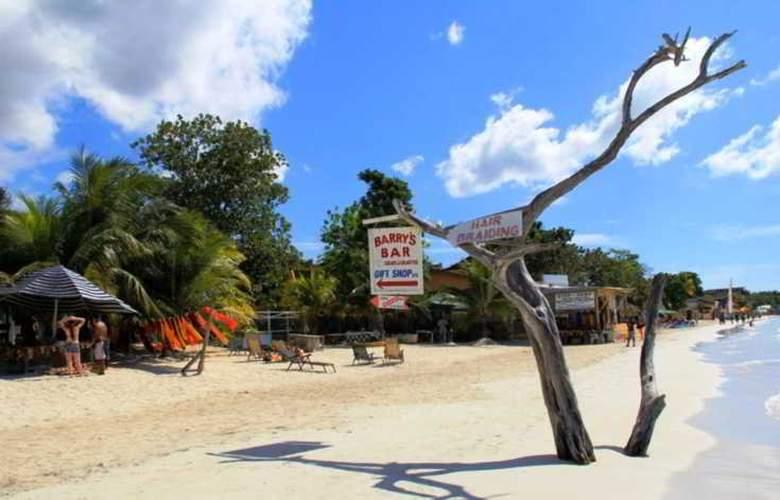Sungardens - Beach - 4