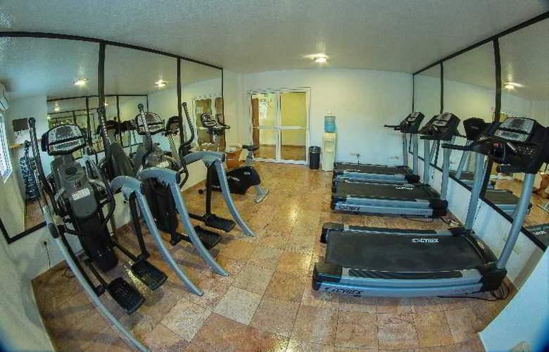 Quality Inn Mazatlan - Sport - 5