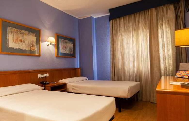 City Express Covadonga - Room - 11
