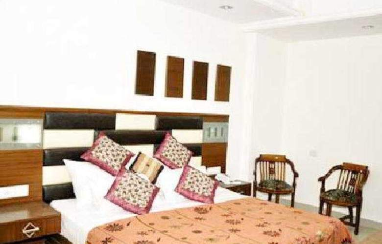 Sarthak Palace - Room - 4