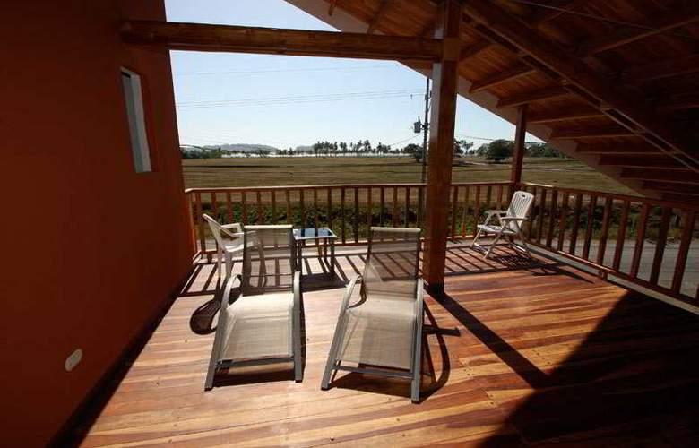 Samara Inn - Terrace - 5