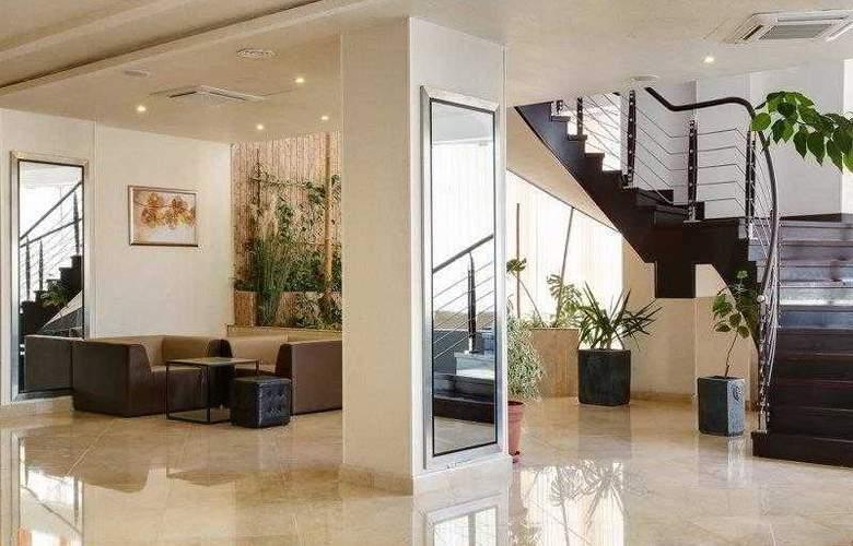 Best Western Plus Liberte Hotel - Hotel - 52