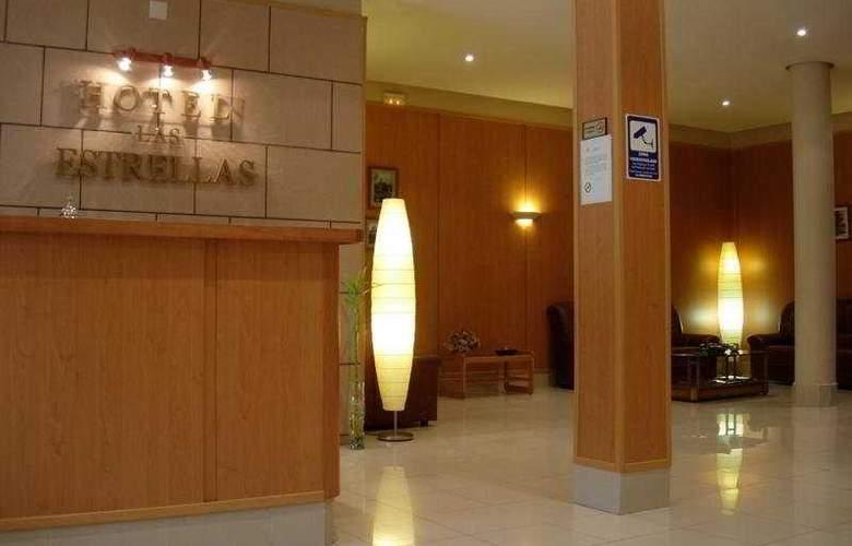 Las Estrellas - Hotel - 0