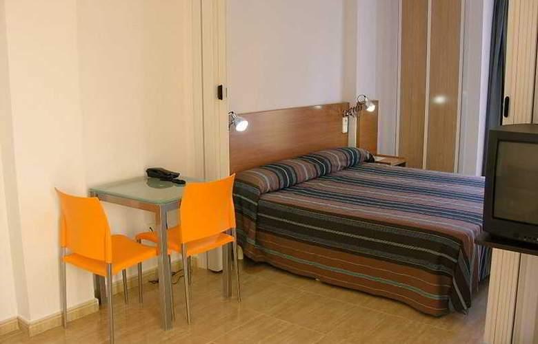 Hotel Apartamentos Villas la Manga - Room - 2