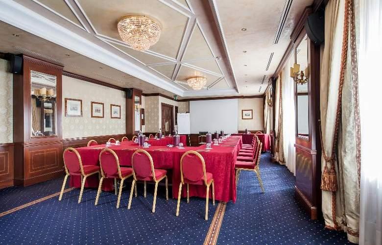 Royal Hotel Carlton - Conference - 15