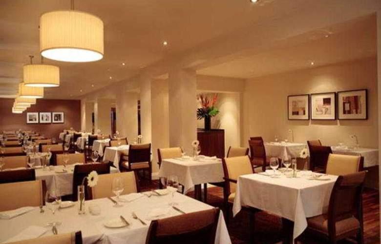 The Felbridge Hotel and Spa - Restaurant - 8