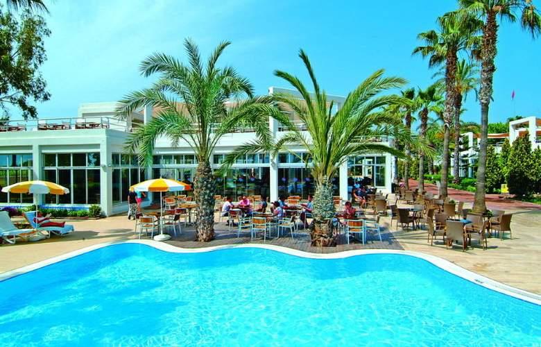 Club Kastalia - Pool - 4