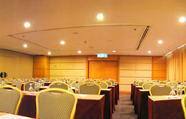 Darby Park Executive Suites - Conference - 4