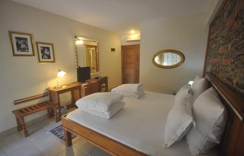 Elvino Hotel - Room - 1