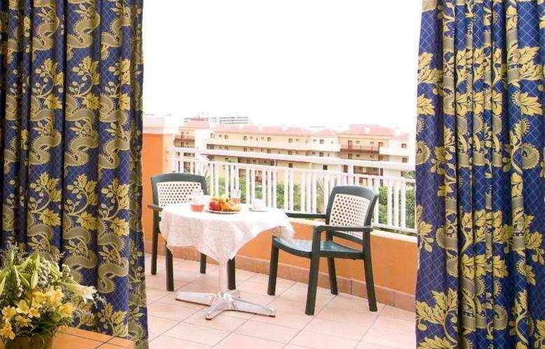 Playa Real Resort - Room - 2