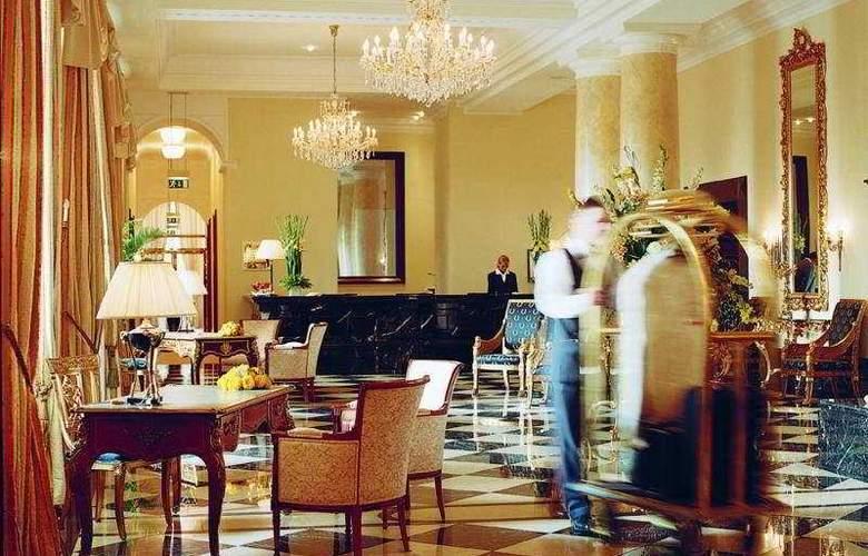 Grandhotel Schloss Bensberg - General - 2