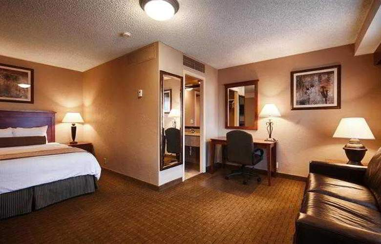 Best Western Plus Vista Inn At The Airport - Hotel - 27