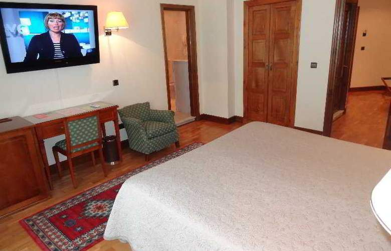 Hernan Cortes - Room - 5