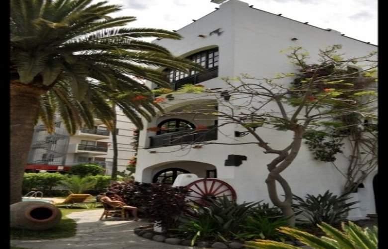 El Chaparral - Hotel - 0