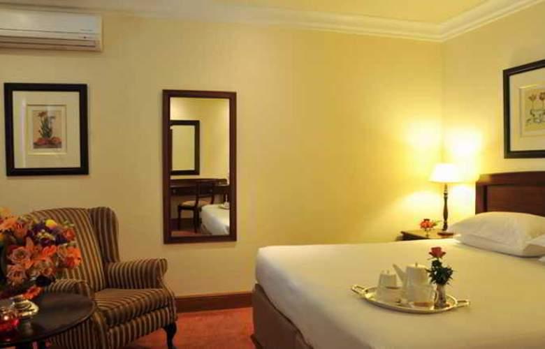 Faircity Falstaff Hotel - Room - 2