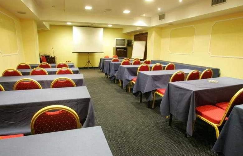 Avalon - Conference - 6