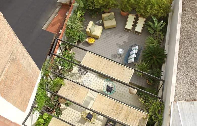Chic & Basic Lemon Boutique Hotel - Terrace - 19