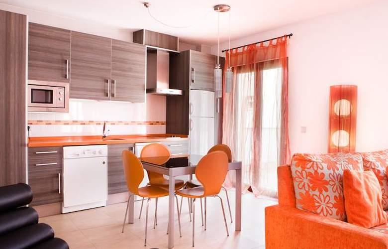 Real de Cartuja Apartments & Suites - Room - 3