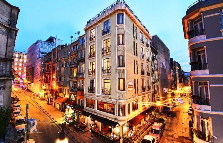 Santa Ottoman - Hotel - 7