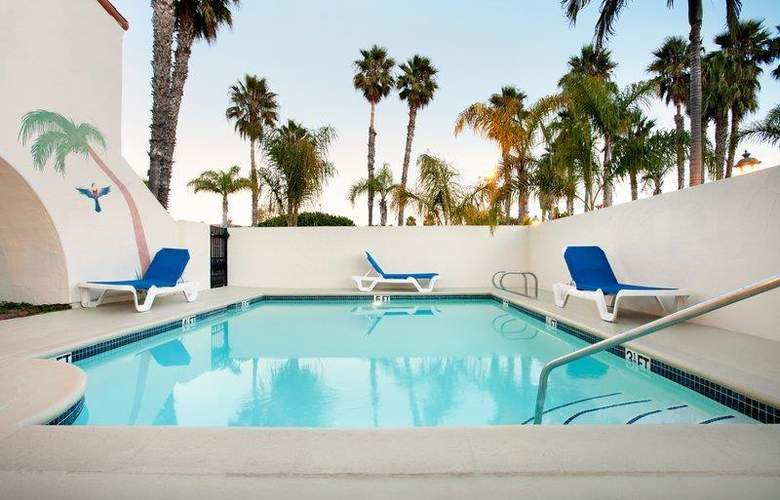 Best Western Plus Carpinteria Inn - Pool - 78