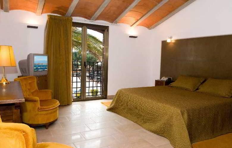 San Carlos - Room - 2