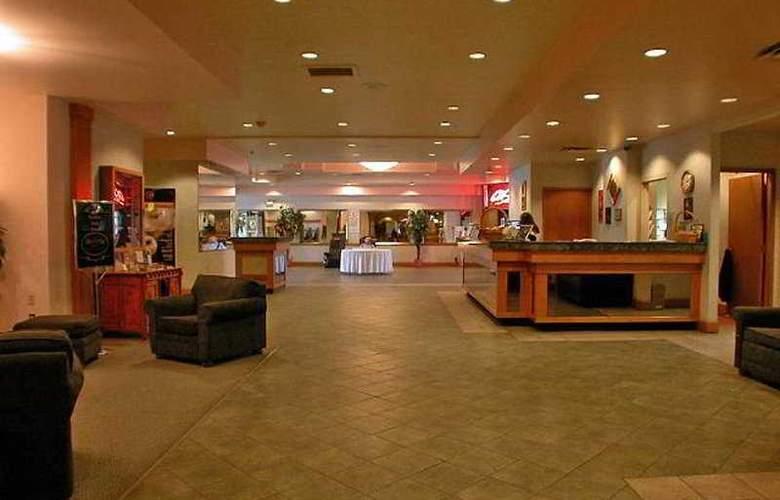 Executive Inn Kamloops - General - 1