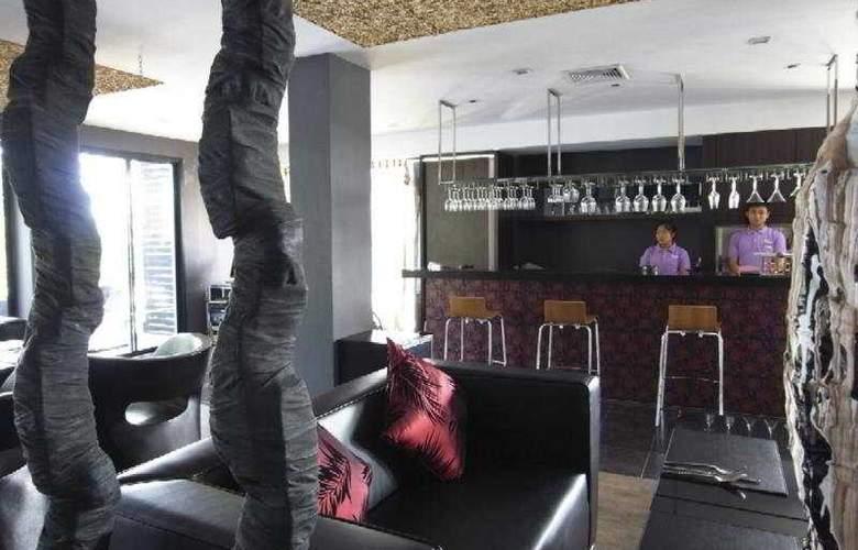 Manita Boutique Hotel - Bar - 11