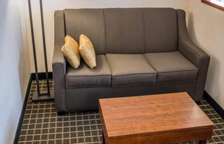 Quality Suites Southwest - Room - 20