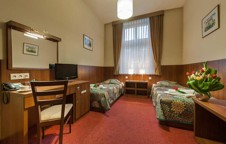 Alexander II - Room - 3