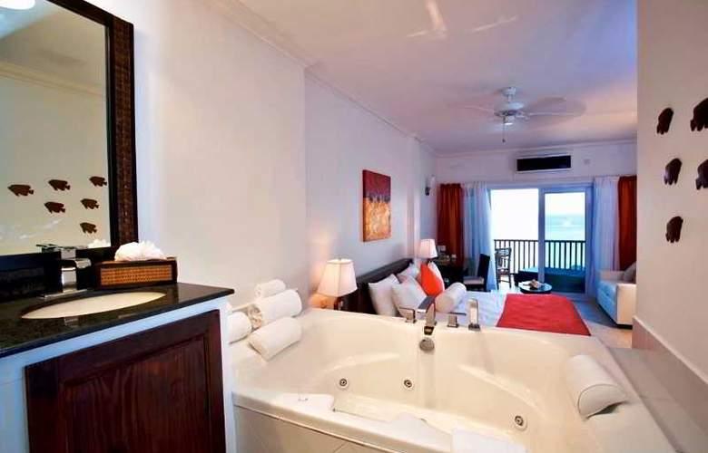 Calabash Cove - Room - 15