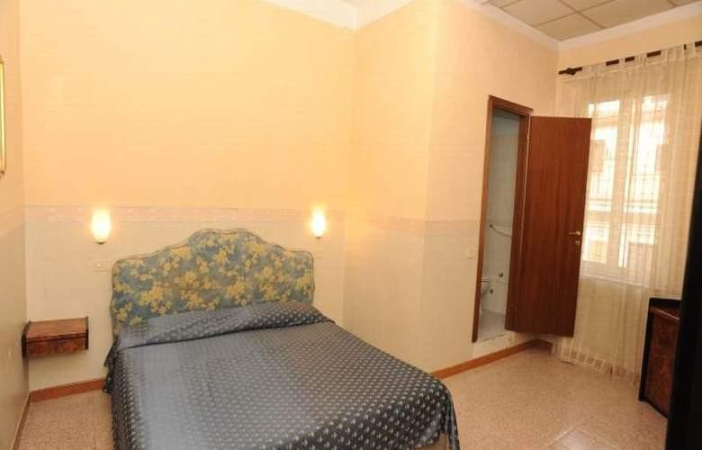 Capri - Room - 4