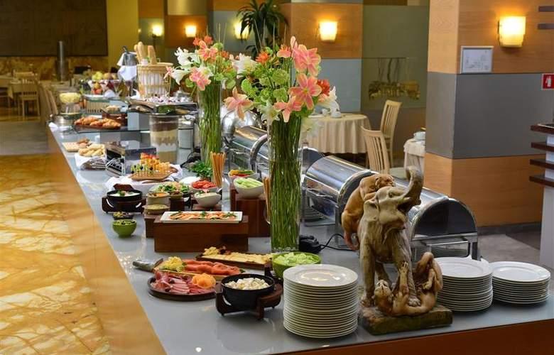 Best Western Premier Slon - Restaurant - 4