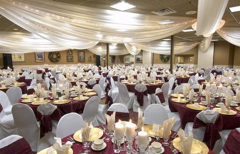 Best Western Plus White Bear Country Inn - Hotel - 67