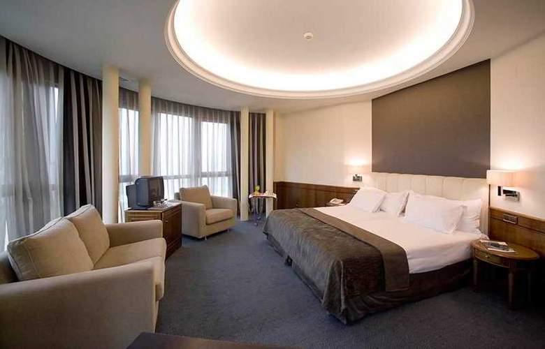 Silken Rio Santander - Room - 5
