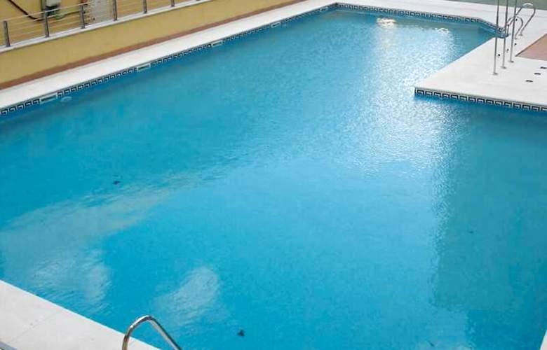 Airbeach Isla Cristina Apartamentos - Pool - 2