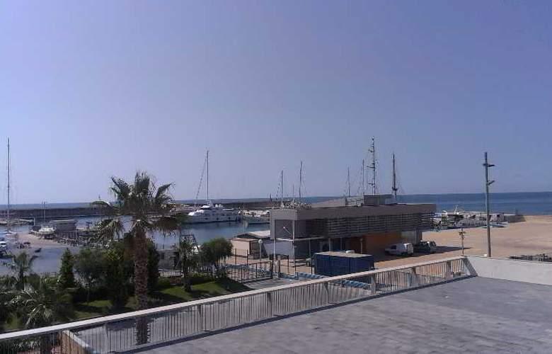 Atenea Port Barcelona Mataro - Hotel - 3