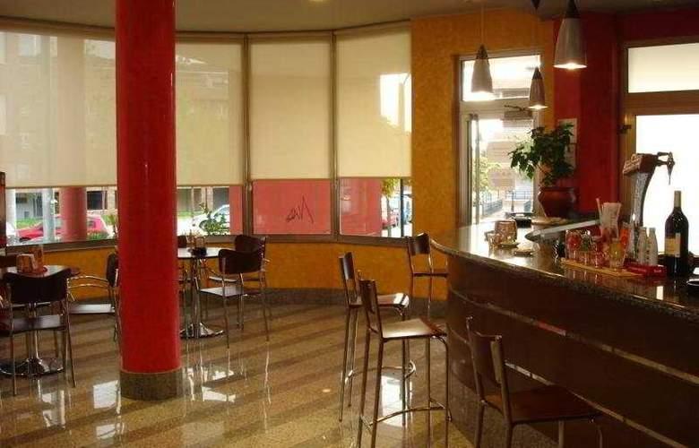 Palacio Congresos - Restaurant - 6